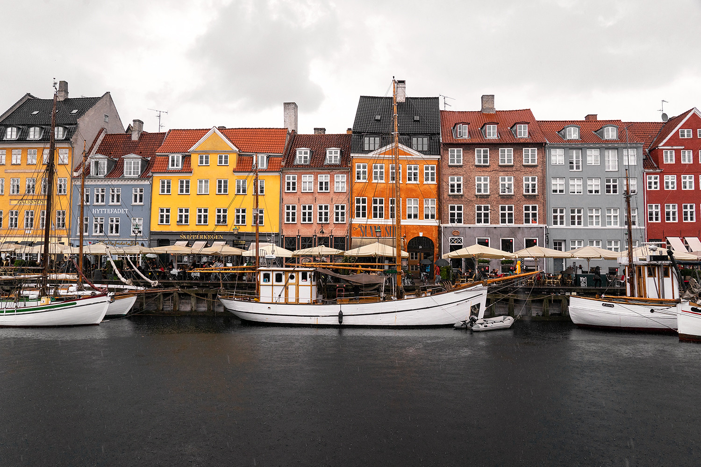 01copenhagen-denmark-nyhavn-architecture-travel