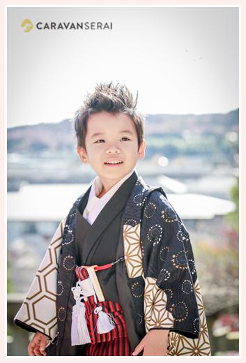 山口八幡社で七五三 5歳の男の子 黒の羽織
