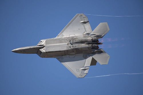 F-22 Knife Edge Pass