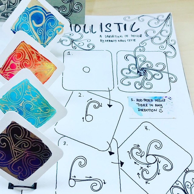 Hollistic - a variation of tangle pattern Hollis