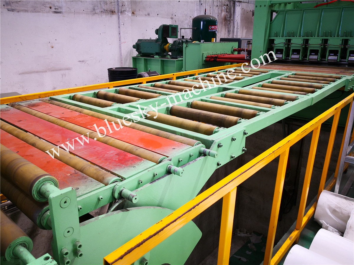 High Speed Stainless Steel Cut To Length Line Machine Hydraulic Elevating Platform