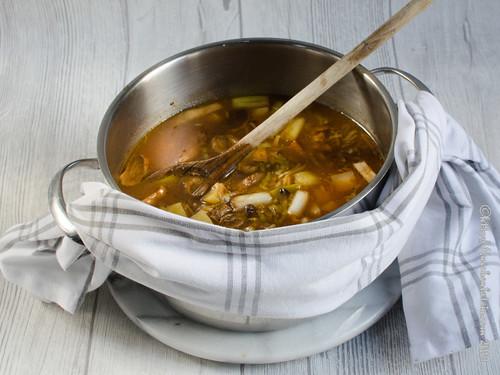 Sellerie-Salbeisuppe mit Hafer (2)