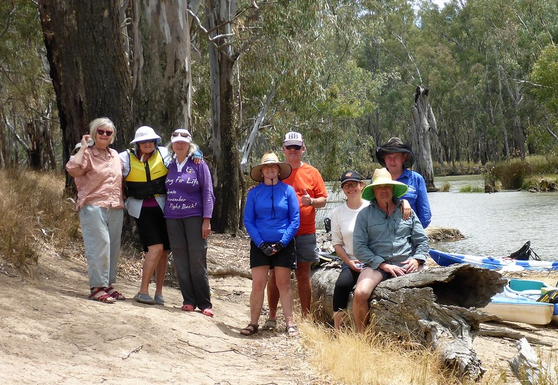 mvb paddlers after lunch at the channel to the murray river