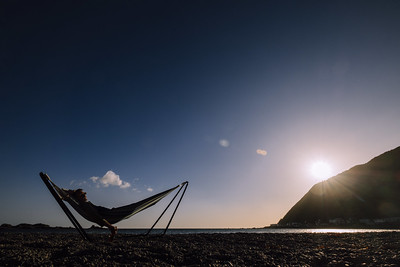 Beer ✔️ beach ✔️ hammock ✔️ 👍