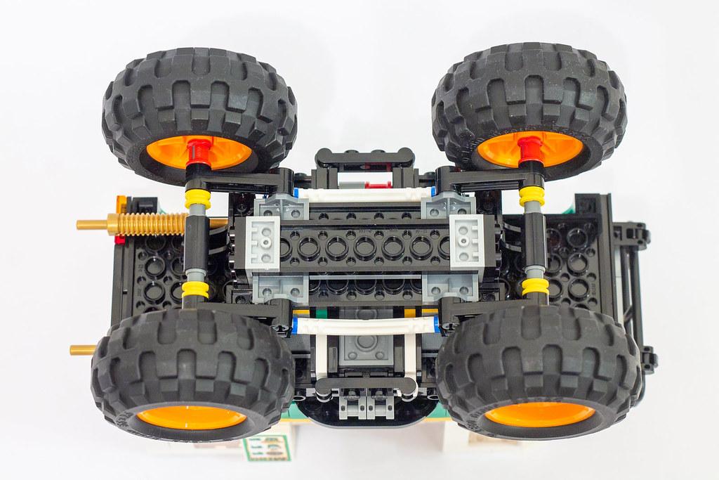Review 31104 Burger Monster Truck Brickset Lego Set Guide And Database