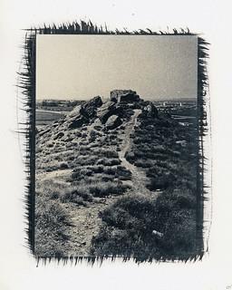 El camí va enllà / The hillock path