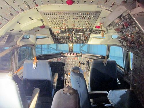 Boeing 707 Cockpit