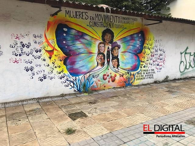 Murales alusivos a las mujeres Huilenses