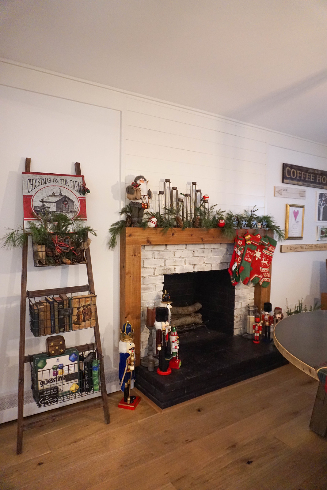 Christmas on the Farm Modern Farmhouse Mantle Fireplace Holiday Decorations