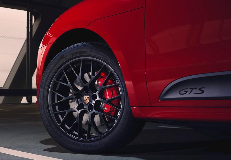 2020-Porsche-Macan-GTS-4