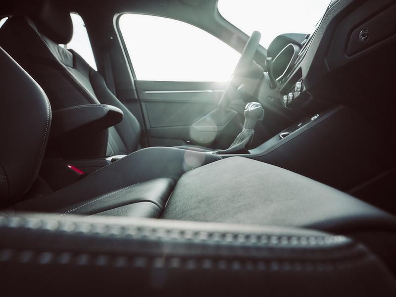 Audi Q3 by Waleed Shah 39