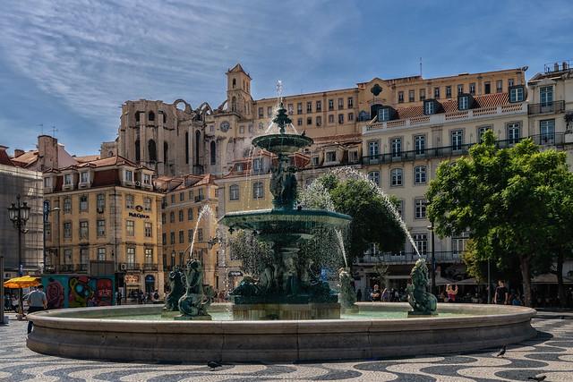 Brunnen am Rossio, Lissabon