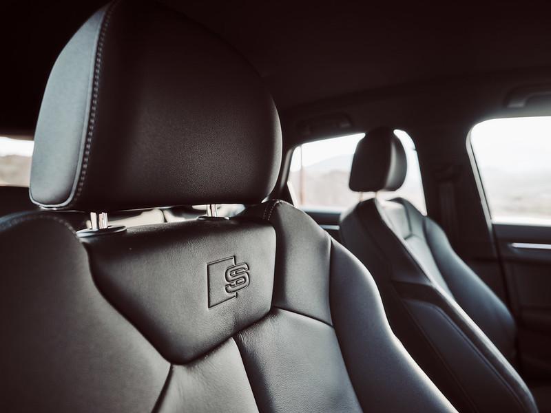 Audi Q3 by Waleed Shah 41