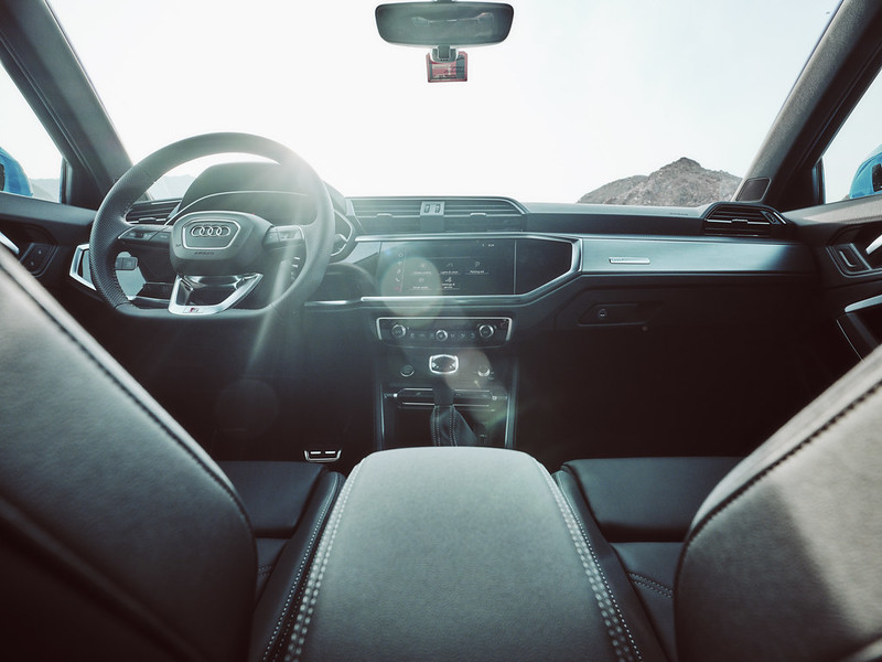 Audi Q3 by Waleed Shah 38