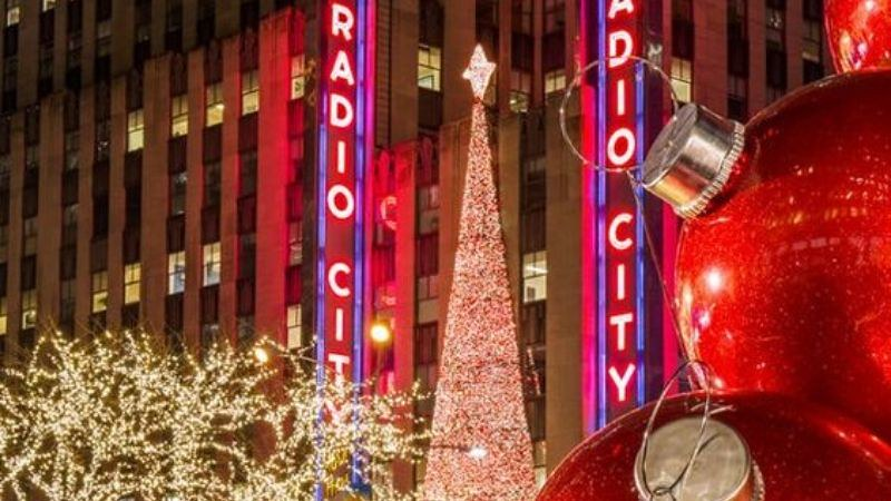 christmas traditions in america