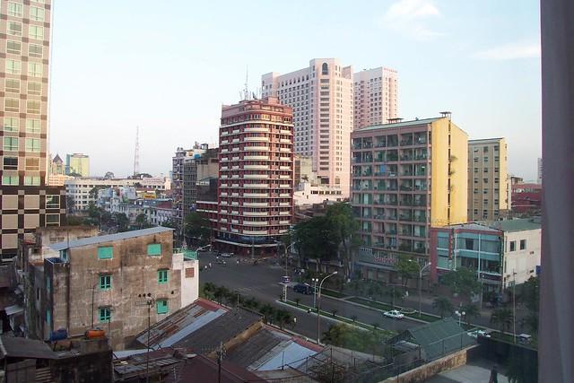 DCP_0993ホテル窓から