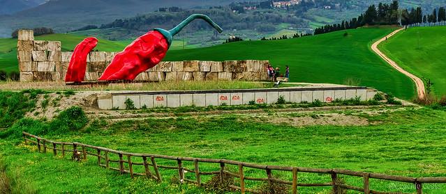 Teatro del Silenzio (5) il Peperoncino Gigante / Theater of Silence (5) the Giant Pepper