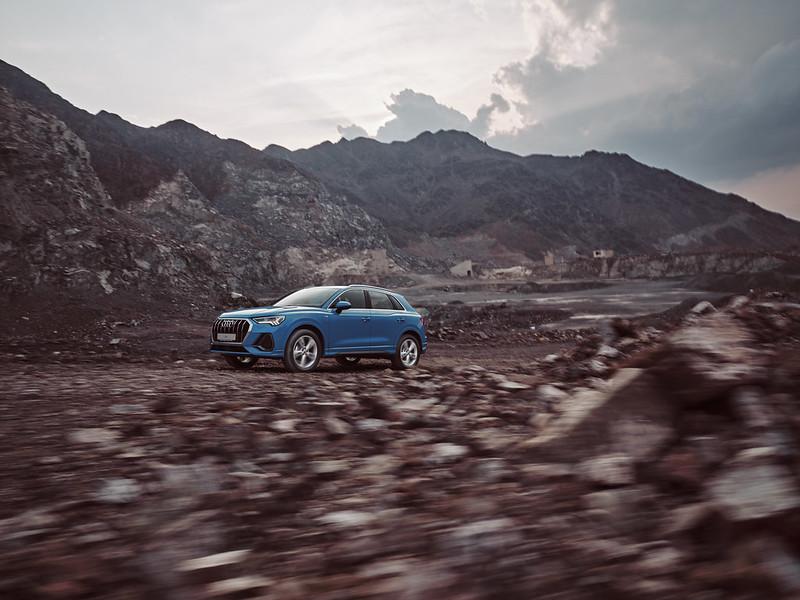 Audi Q3 by Waleed Shah 50