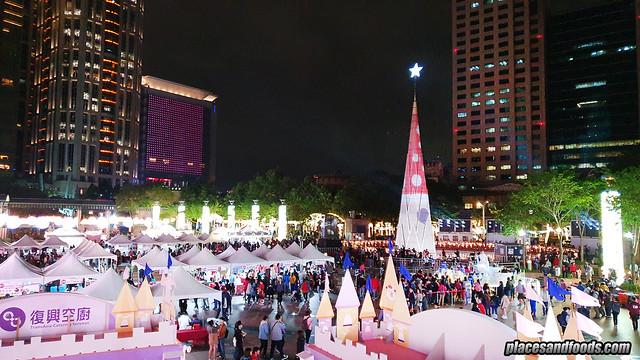 christmasland new taipei city tree