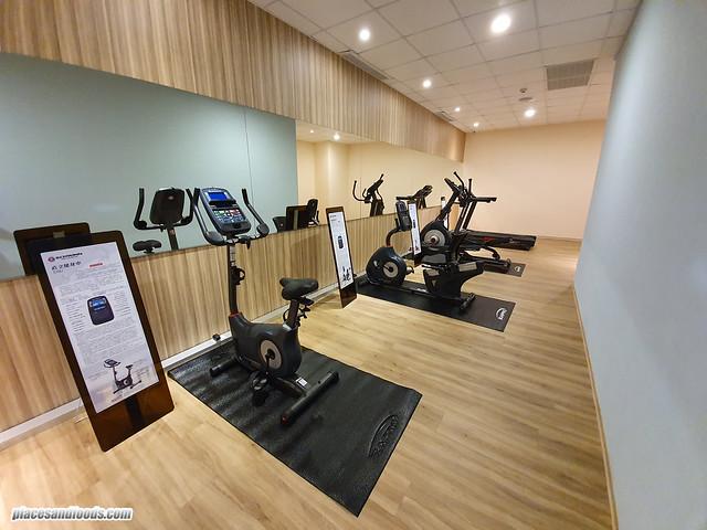 f hotel fitness centre