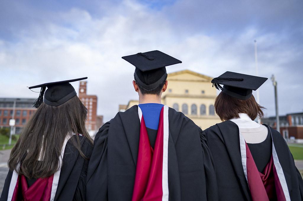 Winter Graduation | Graddio Gaeaf - December | Rhagfyr 2019