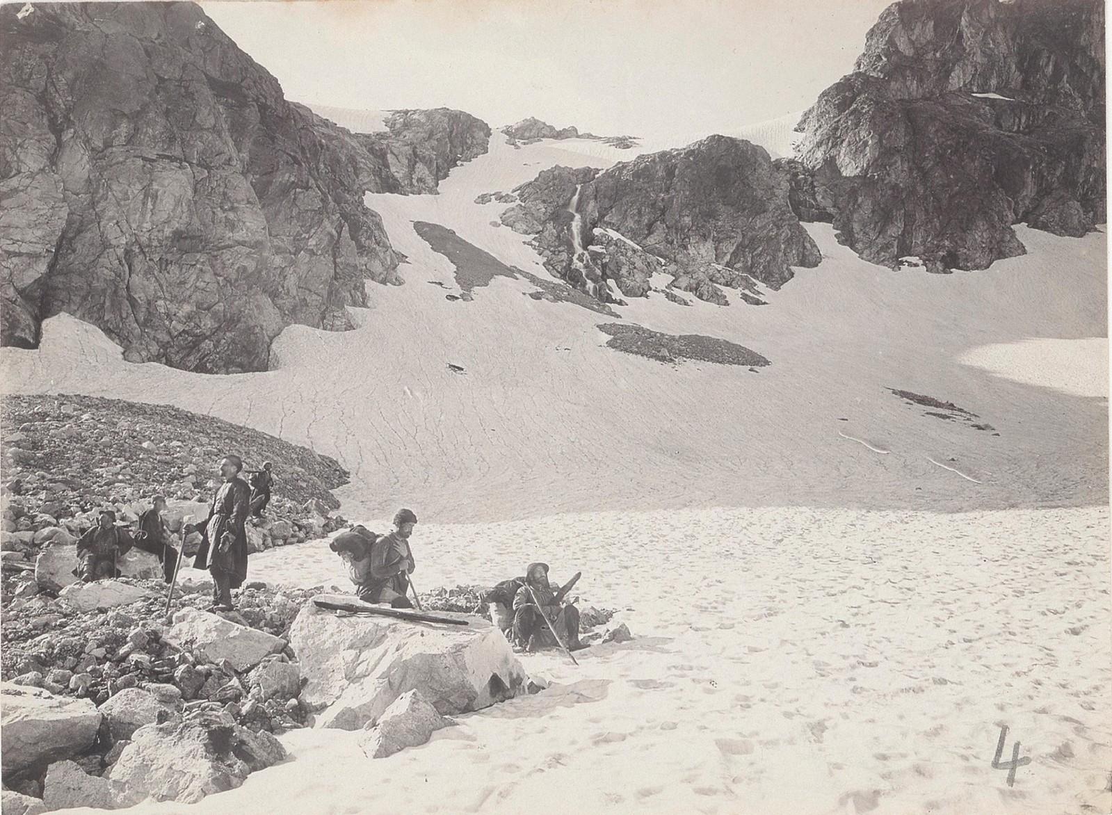 06. Западный Кавказ. Проход между долиной Учкулана и Абхазией, июль 1898