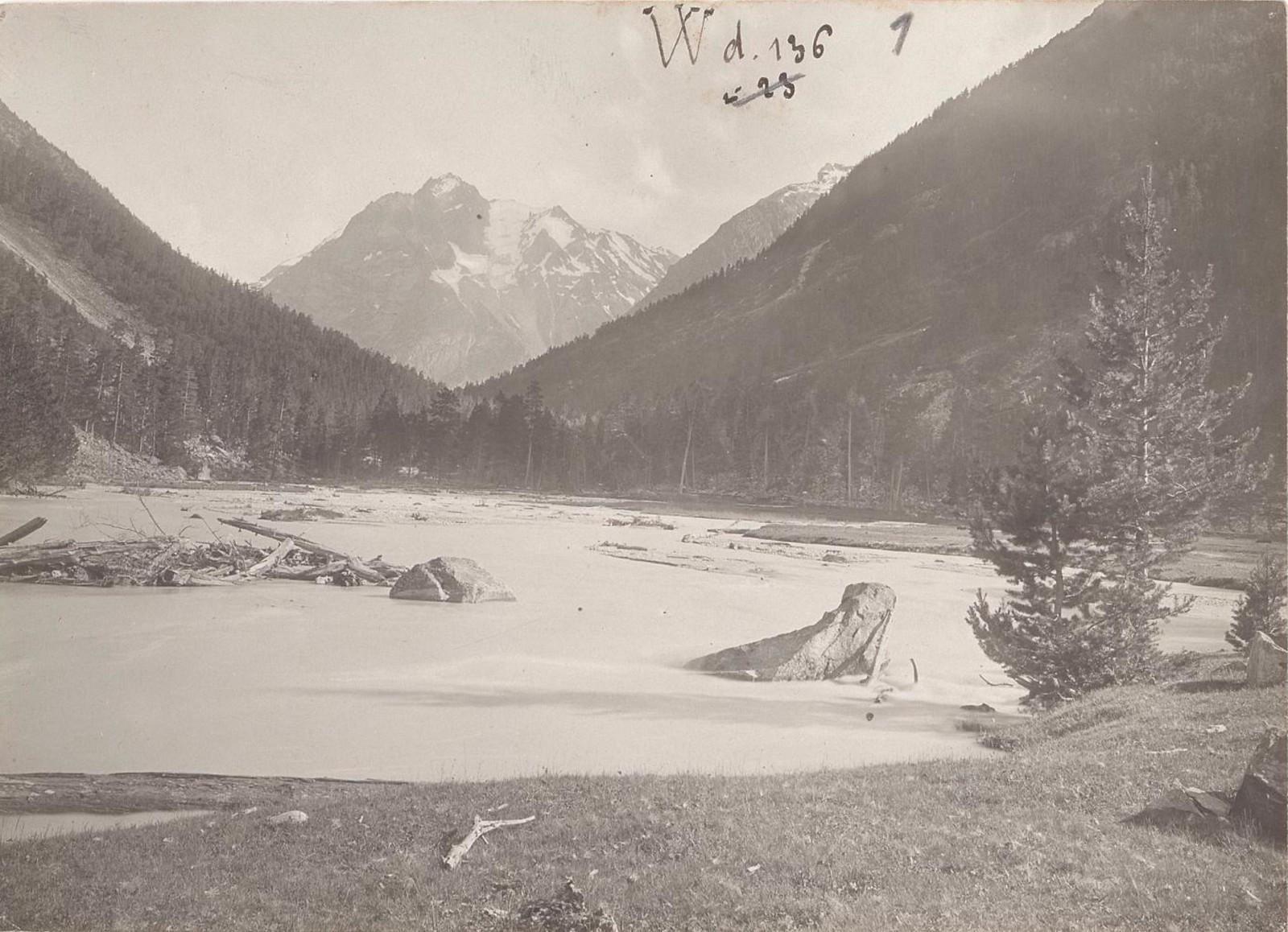 01. Западный Кавказ. Долина Чириколь, июль 1898