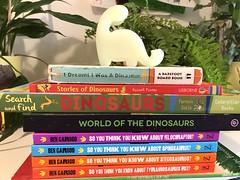 Dinosaur books my kids love - a list from a mom blogger at evinok.com