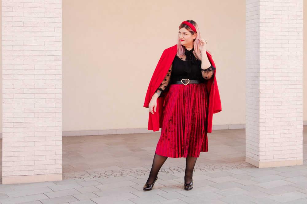 Outfit plus size curvy rosso e nero (10)