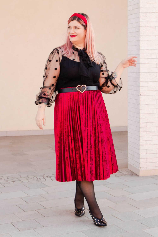 Outfit plus size curvy rosso e nero (5)