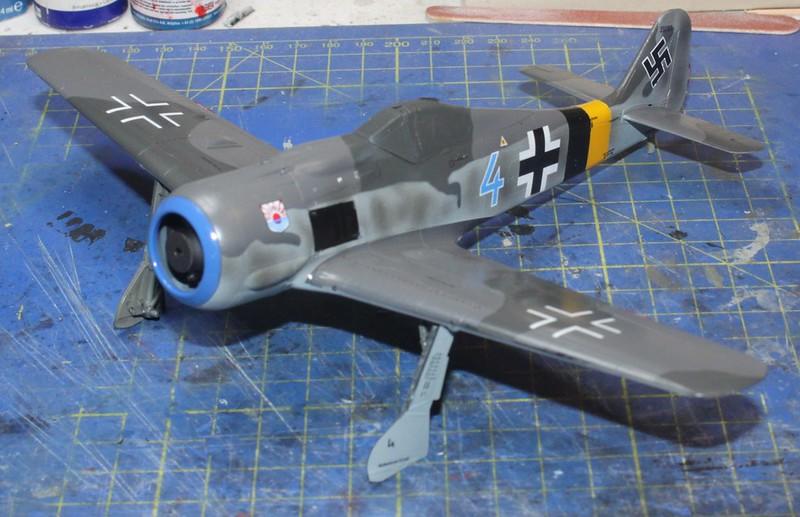Focke-Wulf Fw. 190A-8, Eduard 1/48 (Kollobygge II) - Sida 3 49234730627_5c792da9f5_c