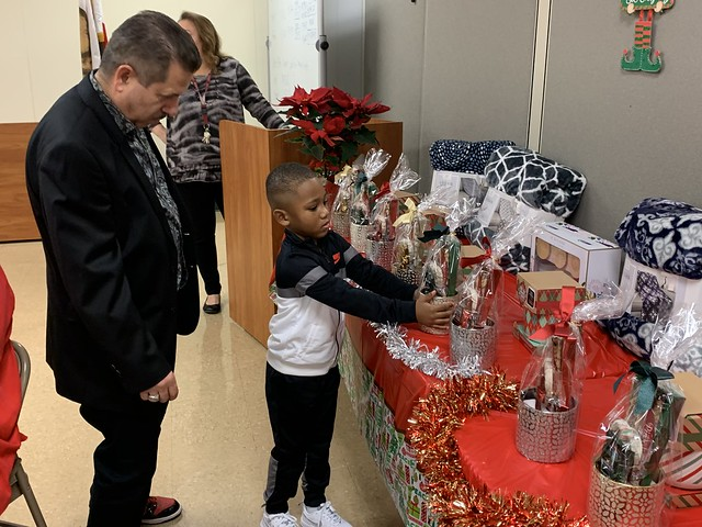 2019 Holiday Party_South_77