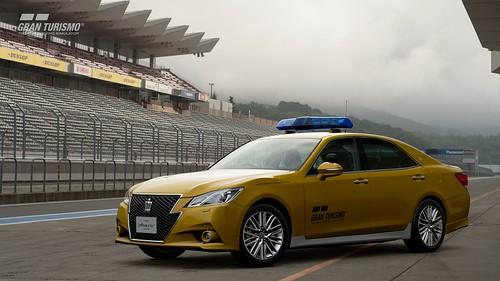 Toyota Crown Athlete G Safety Car (N300)