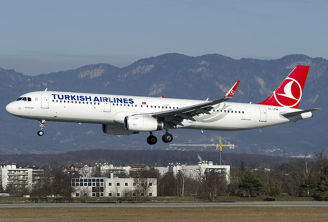 TC-JTM Turkish Airlines Airbus A321-231