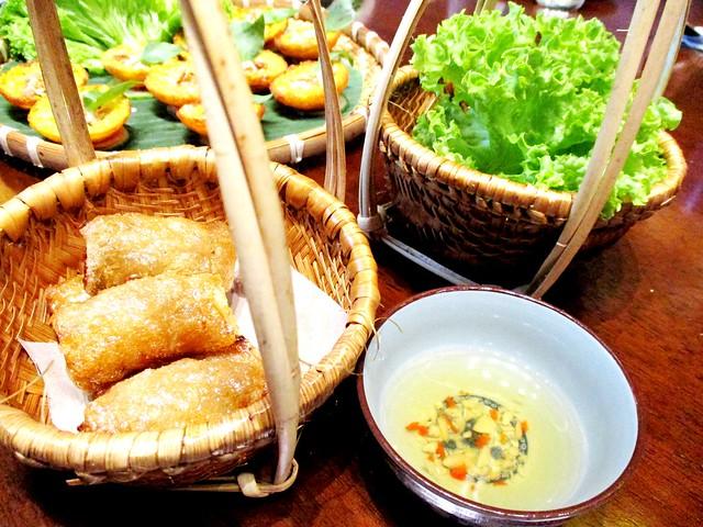 Le Saigon deep fried spring rolls