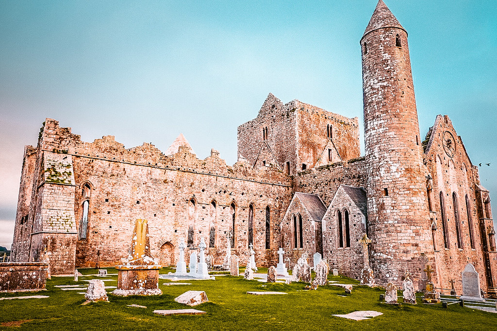 Picture of a Castle and Graveyard in Ireland