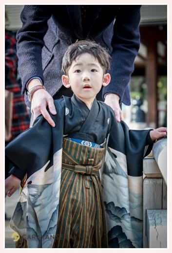 七五三 5歳の男の子 着物はパパ譲り 袴はおばあちゃまの手作り