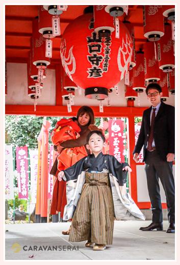七五三の出張撮影 伊奴神社 子守り 名古屋で七五三・お宮参りのお参り先として人気