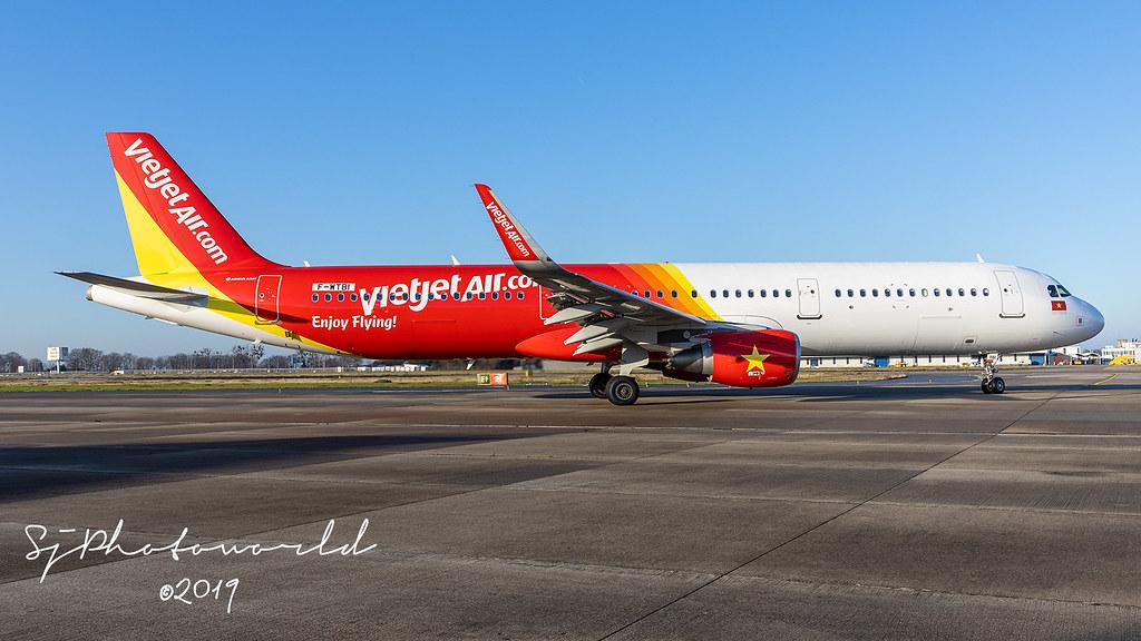 VietJet Air Airbus A321-2 VN-A544