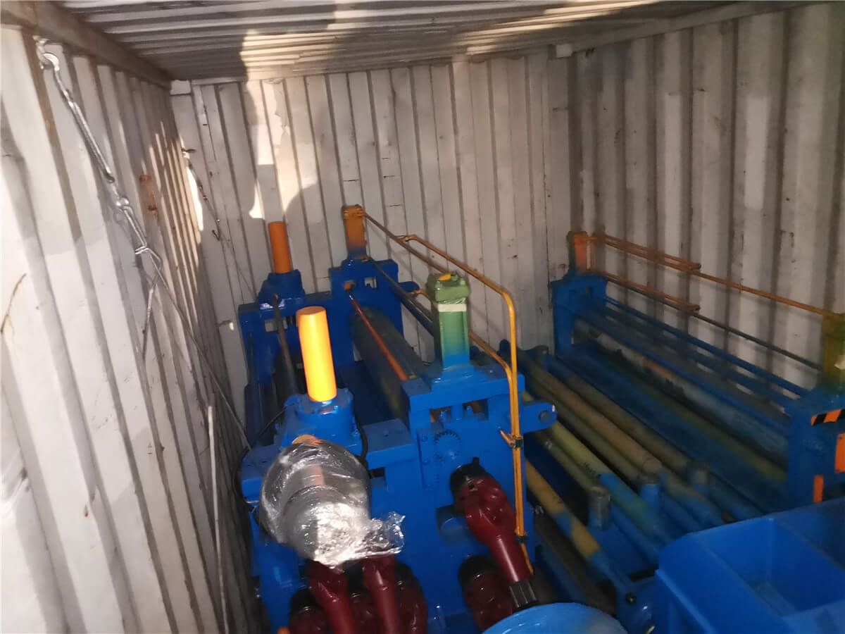 Uzbekistan HR Slitting Machine Loading Shipping 7