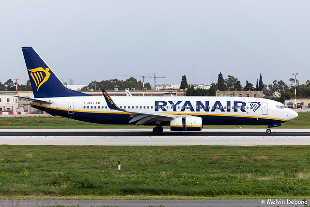 Ryanair Boeing 737-8AS  |  EI-GSJ  |  LMML