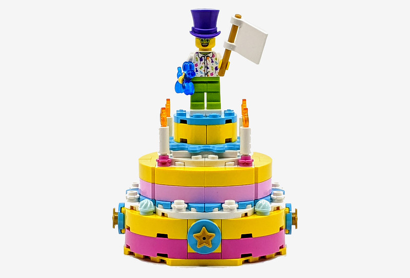 40382: Birthday Cake Review