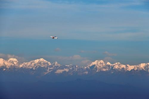 mountain airplane aeroplane himalaya dslr d850 nikon cloud clouds sky blue