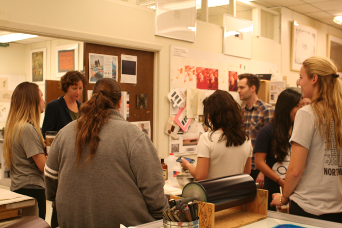 students with visiting artist