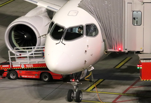 Swiss International Airlines, HB-JBB, MSN 50011, Airbus A 220 CS100, 17.12.2019,  HAM-EDDH, Hamburg (Named: Canton De Genéve)