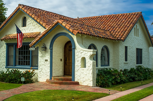 Spanish Colonial Revival style house, small, Hanford, California - November 1, 2014