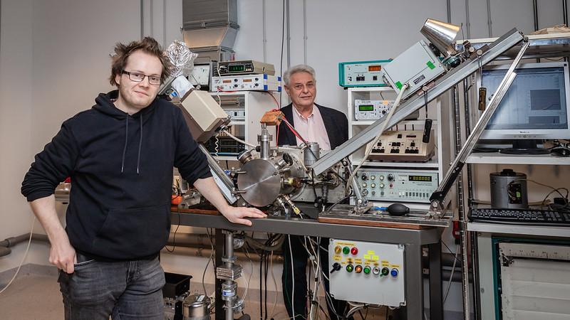 Izstrādā tehnoloģiju daudzslāņu silīcija nanokondensatoru dielektrisko slāņu izgatavošanai