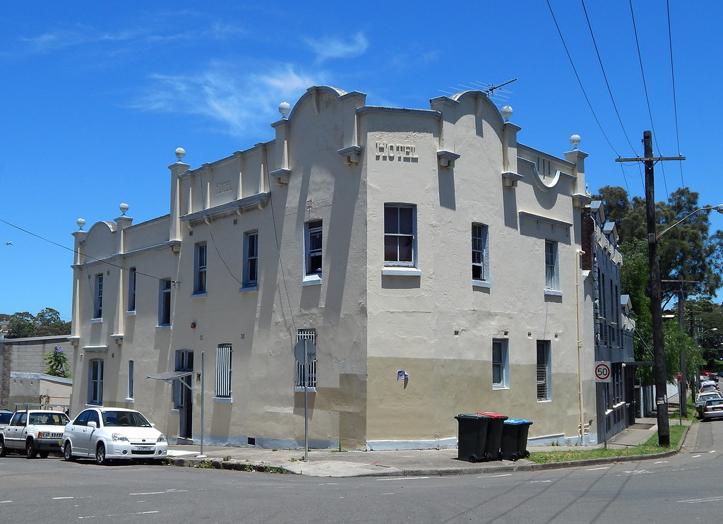 Former Easton Park Hotel, Rozelle, NSW.