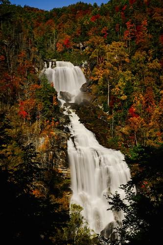 amati alanamati america american usa us nc northcarolina upper whitewater falls fall waterfall waterfalls autumn landscape flow gossimer color colors