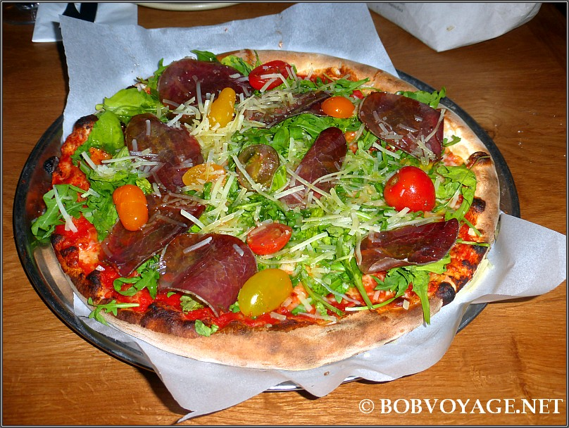פיצה ברזאולה ב- קאלאטה 15 (Calata 15)